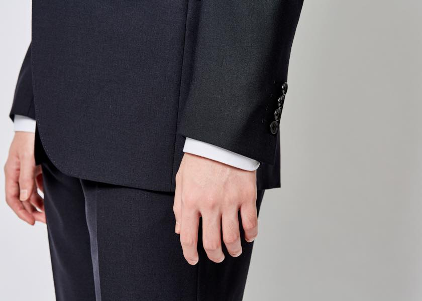 スーツのベストな着丈・袖丈・裾丈を徹底レクチャー